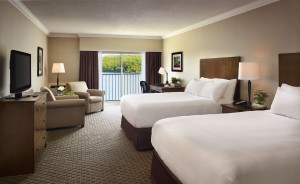 Deerhurst, Resort, Renovated Lakeside Room